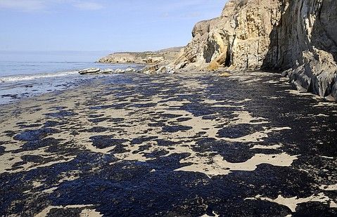 05202015_Refugio_Oil_Cleanup_53_t479